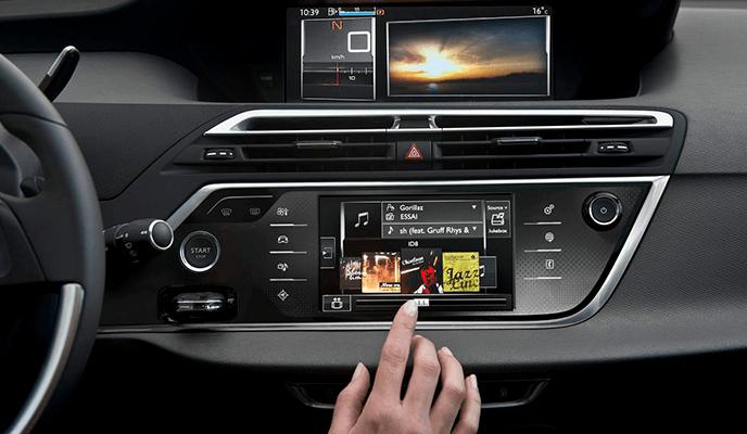 El vehículo hiperconectado, una realidad en 2020